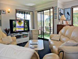 WOMBATS BB - Apartments - AAA 3.5 rated Gosford - Accommodation Noosa