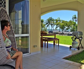 Absolute Beachfront Apartment - Accommodation Noosa
