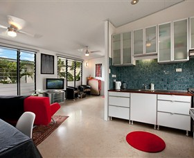 Beachside Tropical Retreat - Accommodation Noosa