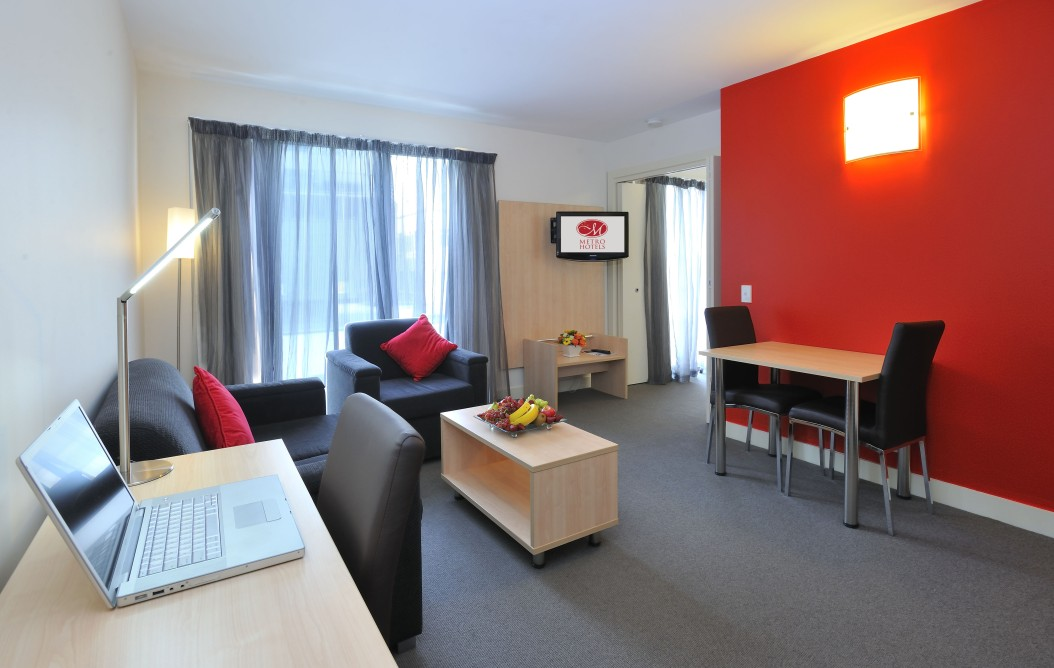 Metro Apartments On Bank Place Melbourne - Accommodation Noosa