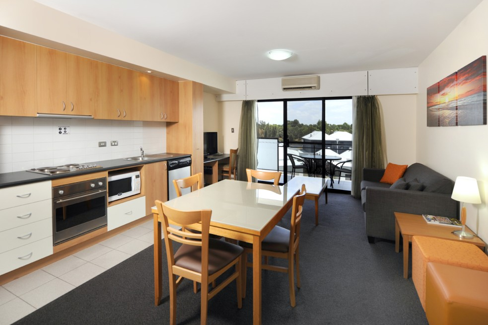 Assured Ascot Quays Apartment Hotel - Accommodation Noosa