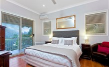 The Acreage Luxury BB and Guesthouse - - Accommodation Noosa