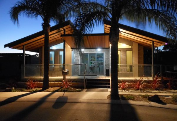 Midland Tourist Park - Accommodation Noosa