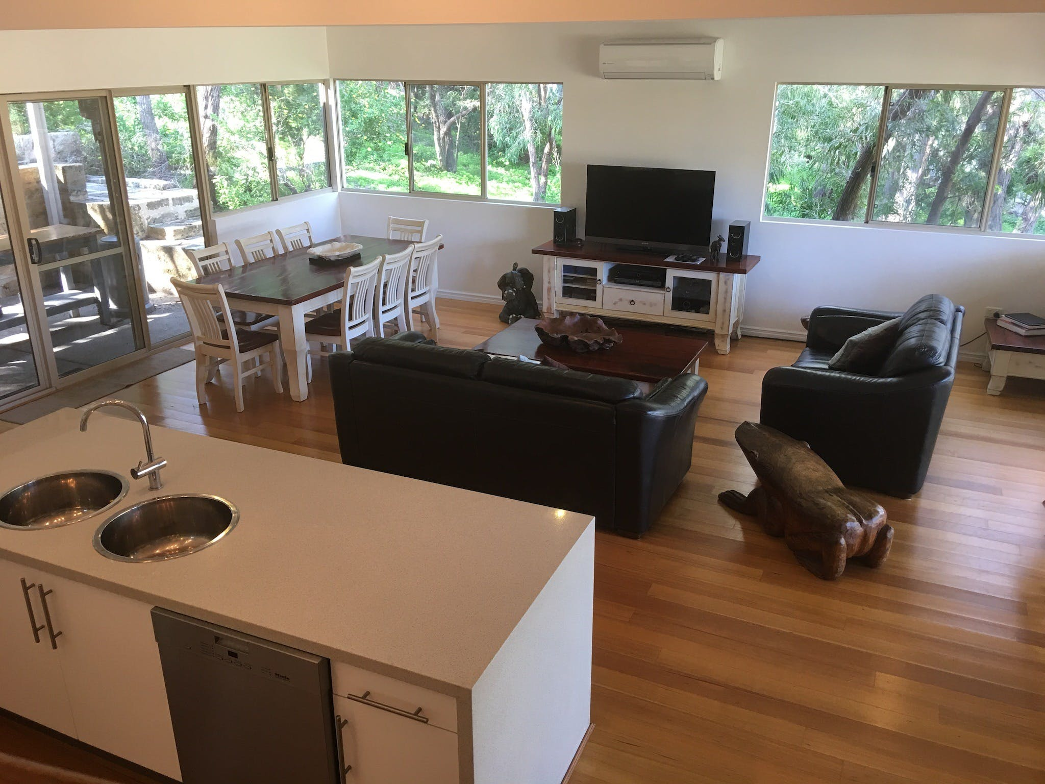 Kangaroo Hollow Preston Beach - Accommodation Noosa