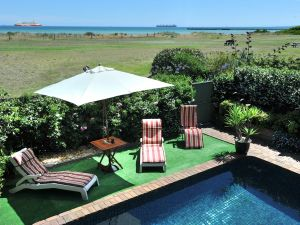 Seacove on the Beach - Accommodation Noosa