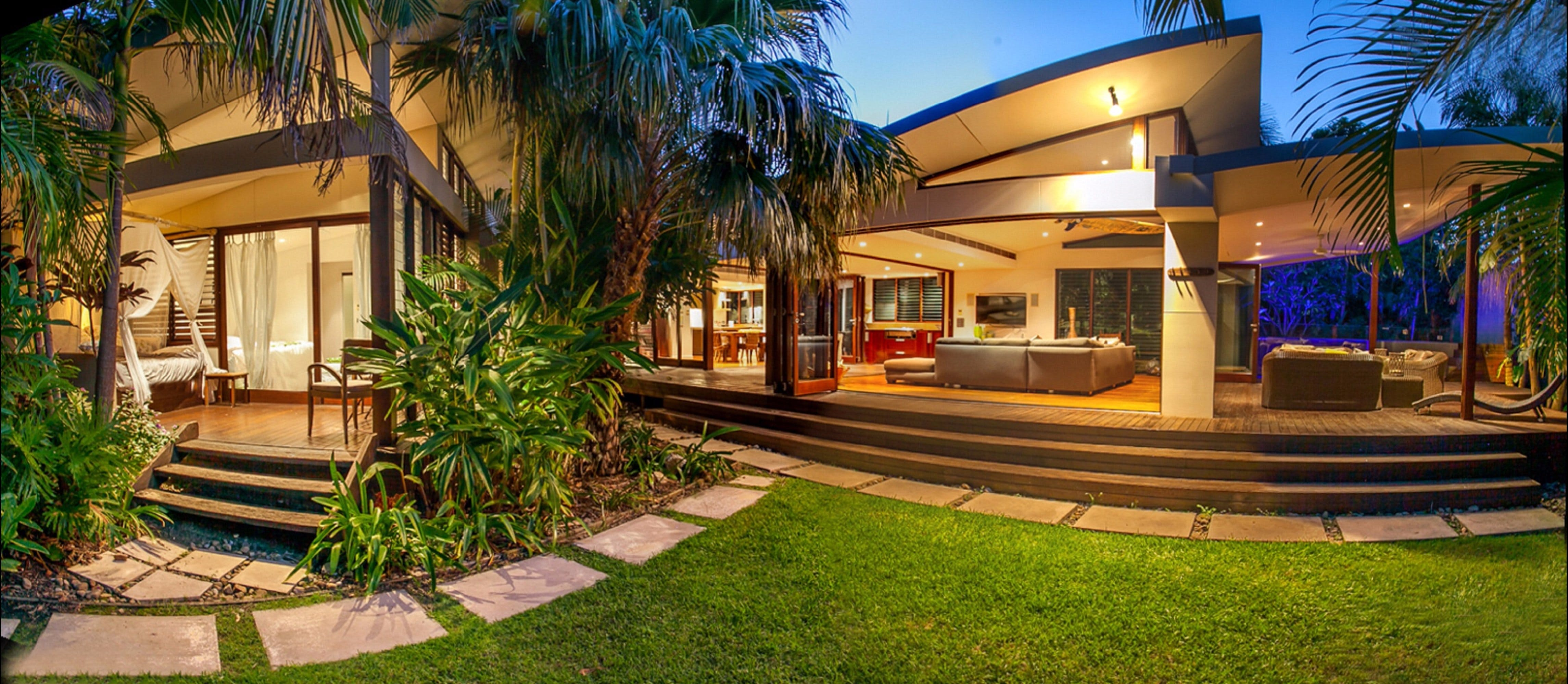 Pavilion Two at Broken Head - exclusive beachfront - Accommodation Noosa