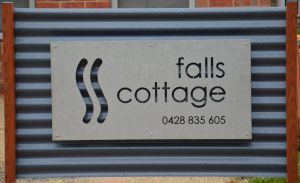 Falls Cottage Whitfield - Accommodation Noosa