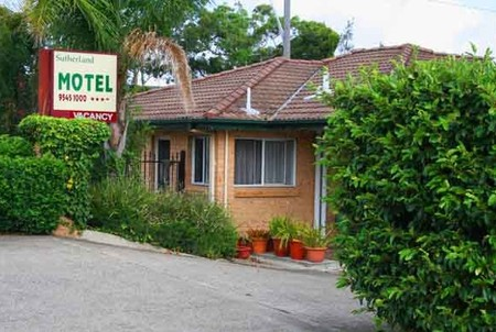 Sutherland Motel - Accommodation Noosa