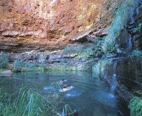 Dales Gorge and Circular Pool - Accommodation Noosa
