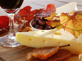 McLaren Vale Cheese and Wine Trail - Accommodation Noosa