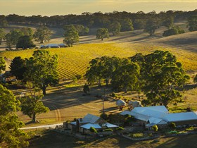 Hutton Vale and Farm Follies - Accommodation Noosa