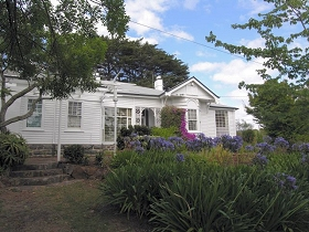 Home Hill - Accommodation Noosa
