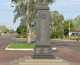 Winton War Memorial - Accommodation Noosa