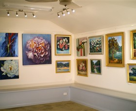 Ros McArthur Art Studio - Accommodation Noosa