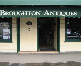 Broughton Antiques - Accommodation Noosa