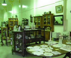 Glenleigh Antiques - Accommodation Noosa