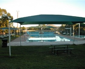 Binalong Memorial Swimming Pool