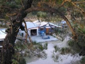 Pyramids Road Wines - Accommodation Noosa