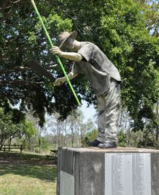 Cane Cutter Memorial - Accommodation Noosa
