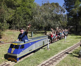 Willans Hill Miniature Railway - Accommodation Noosa