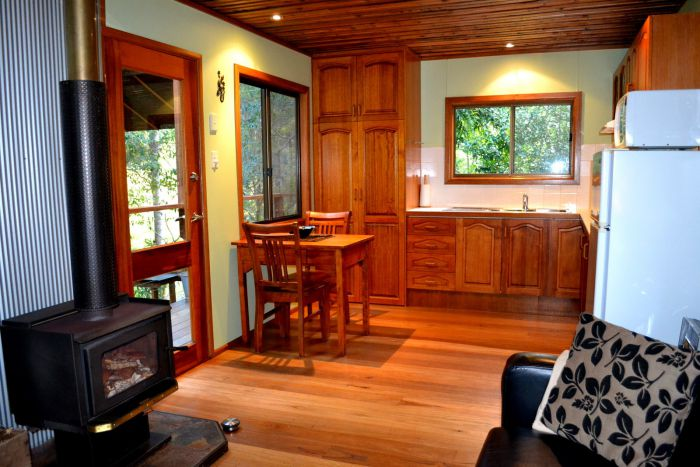 Waterfall Hideout-Rainforest Cabin for Couples - Accommodation Noosa
