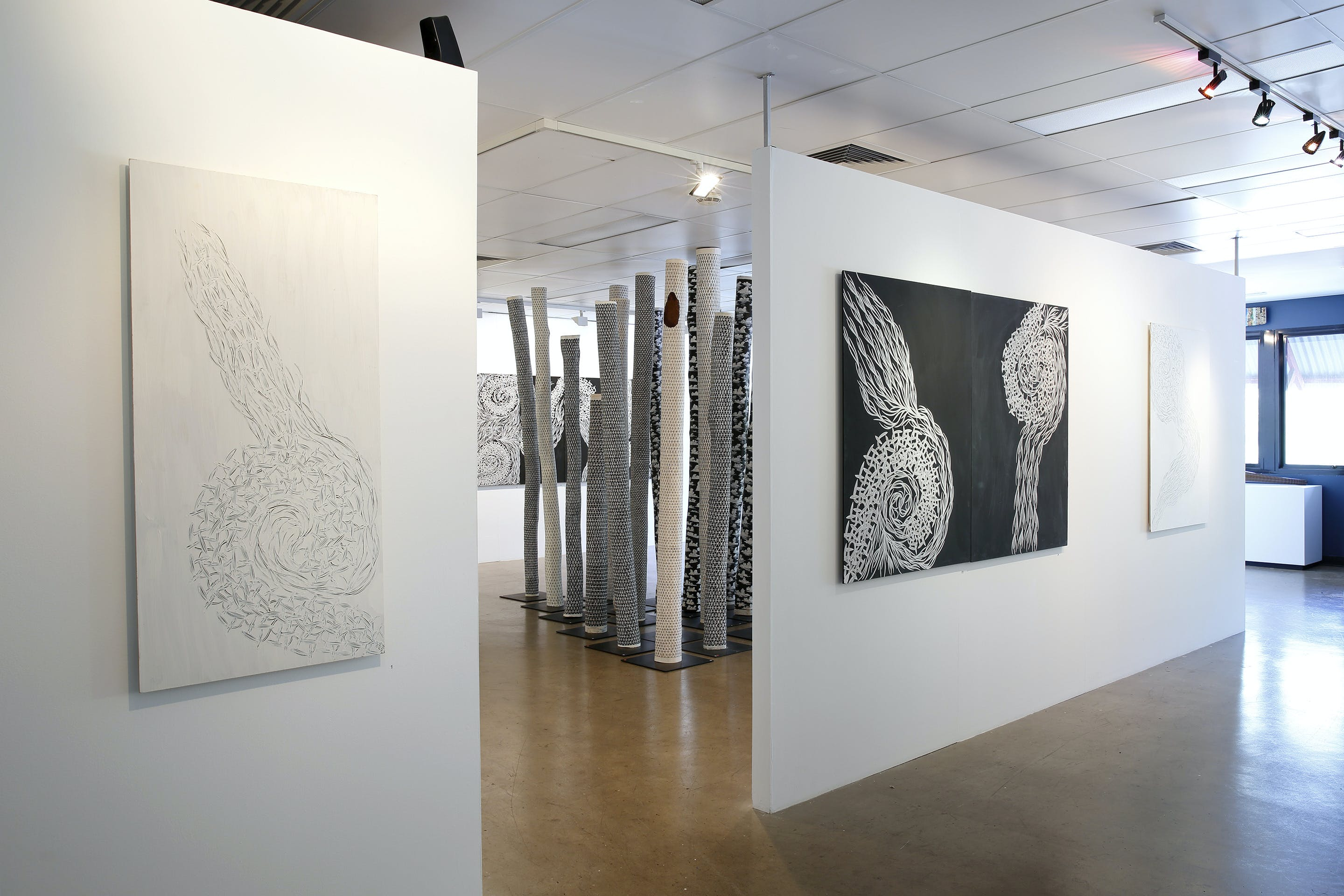 Outstation Gallery - Aboriginal Art from Art Centres - Accommodation Noosa
