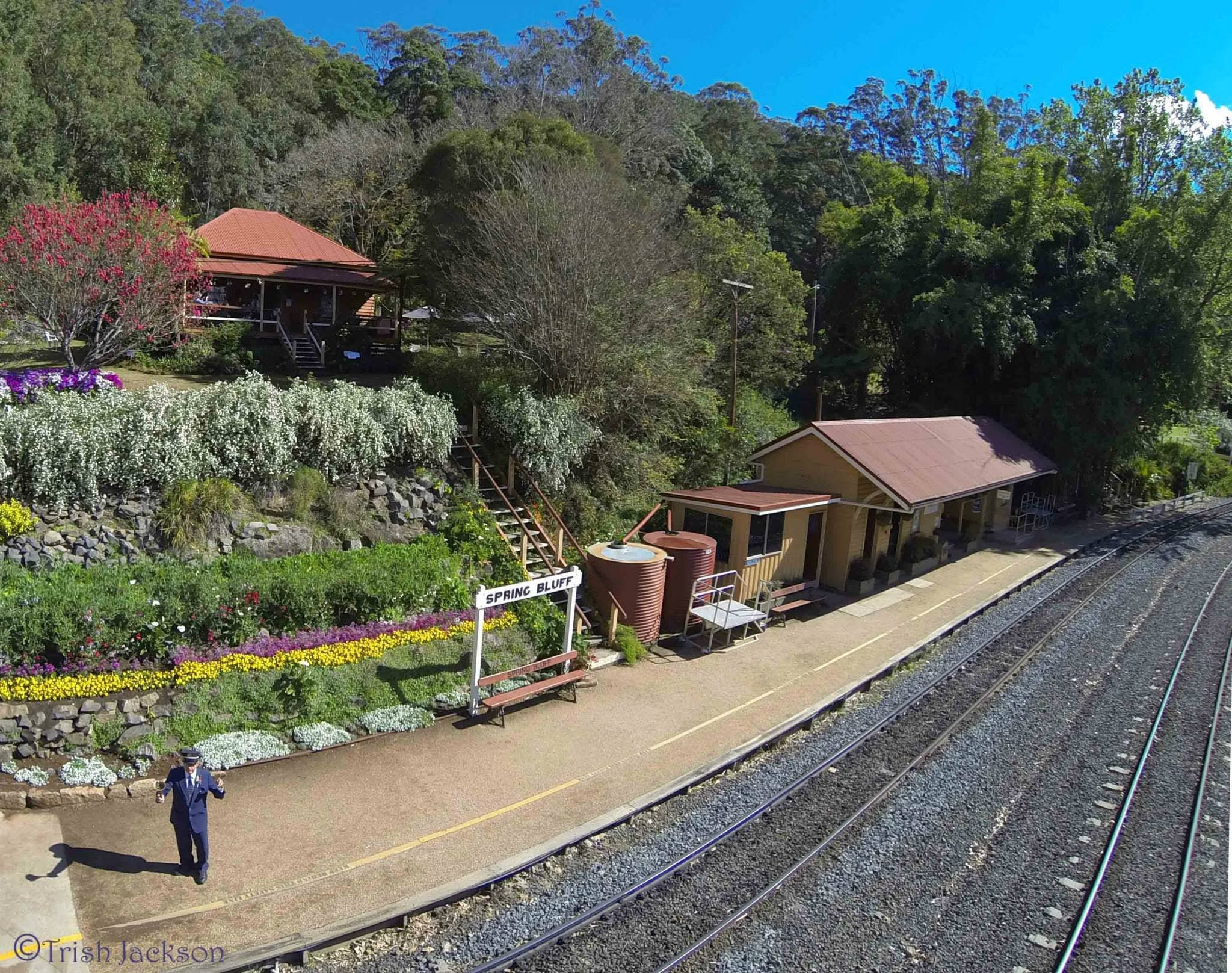 Spring Bluff Railway Station - Accommodation Noosa