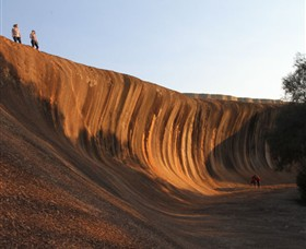 Wave Rock - Accommodation Noosa
