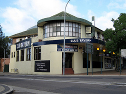 Railway Hotel - Accommodation Noosa