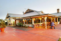 Potters Hotel and Brewery - Accommodation Noosa