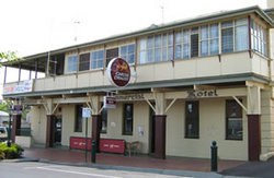 Commercial Hotel Alexandra - Accommodation Noosa