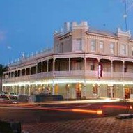 The Rose Hotel - Victoria Street Bar - Accommodation Noosa