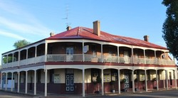 Brookton Club Hotel - Accommodation Noosa