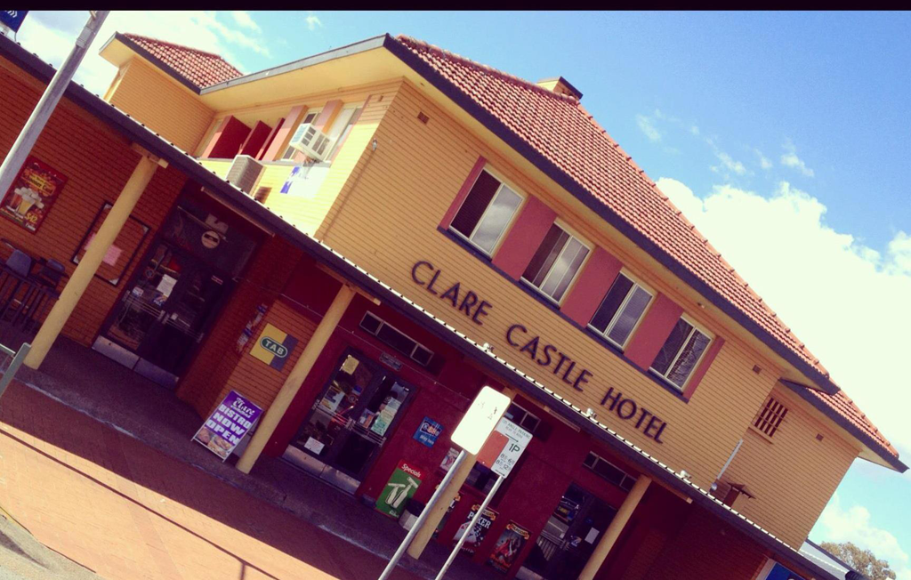 Clare Castle Hotel - Accommodation Noosa