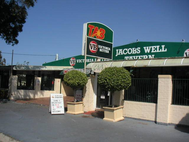 Jacobs Well Bayside Tavern - Accommodation Noosa