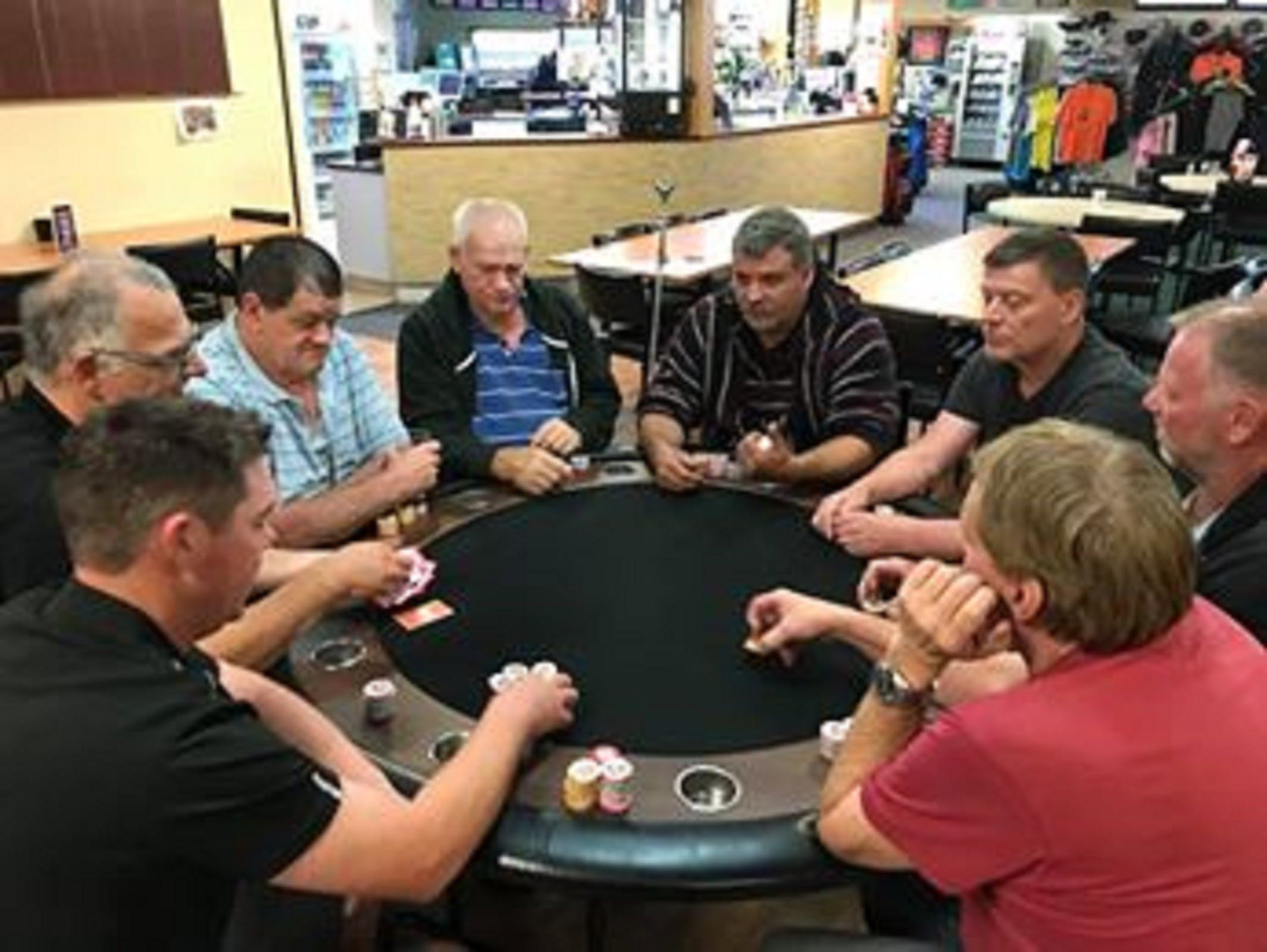 Numurkah Golf and Bowls Club - Poker Wednesday - Accommodation Noosa