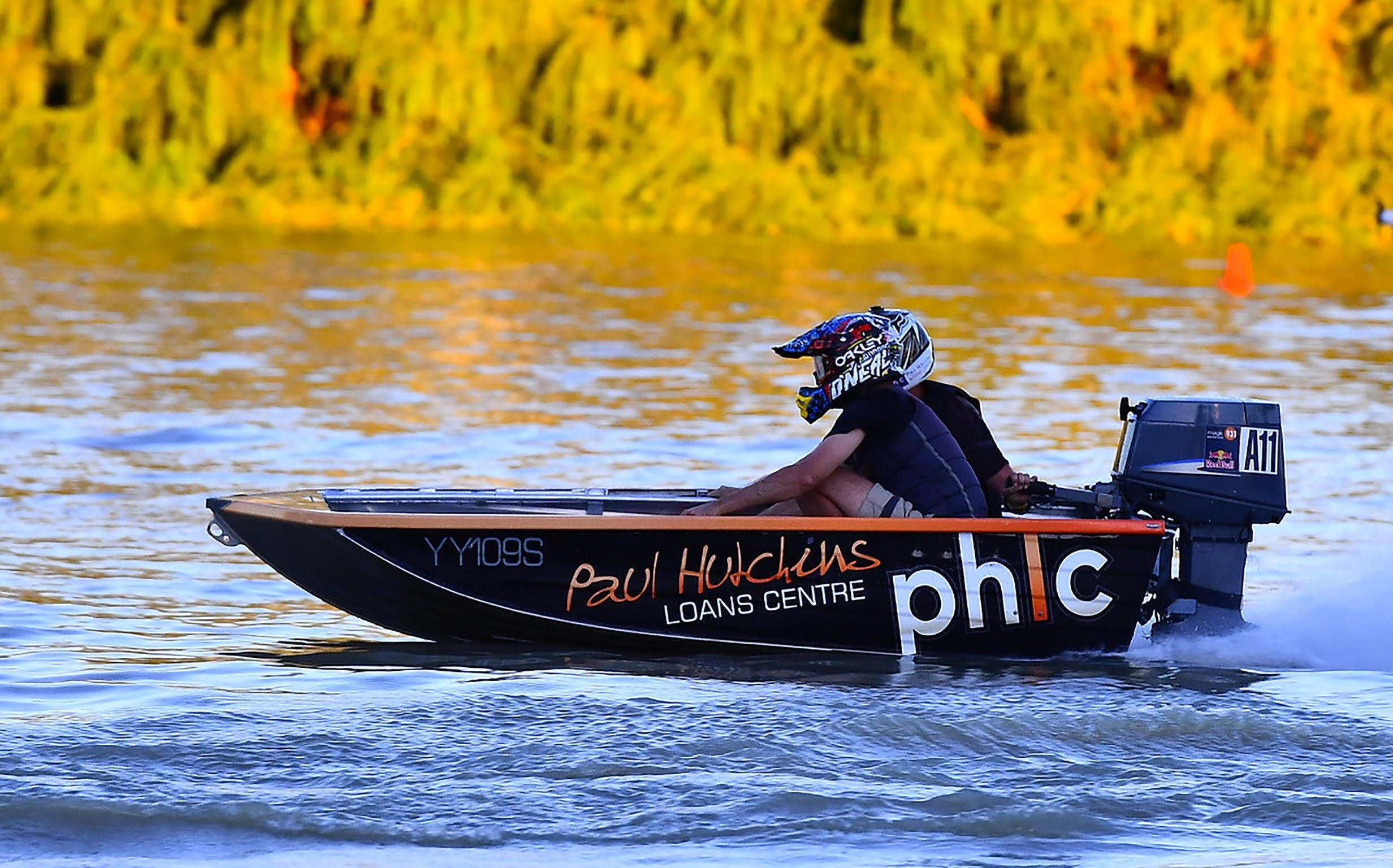 Round 6 Riverland Dinghy Club - The Paul Hutchins Loan Centre Hunchee Run - Accommodation Noosa