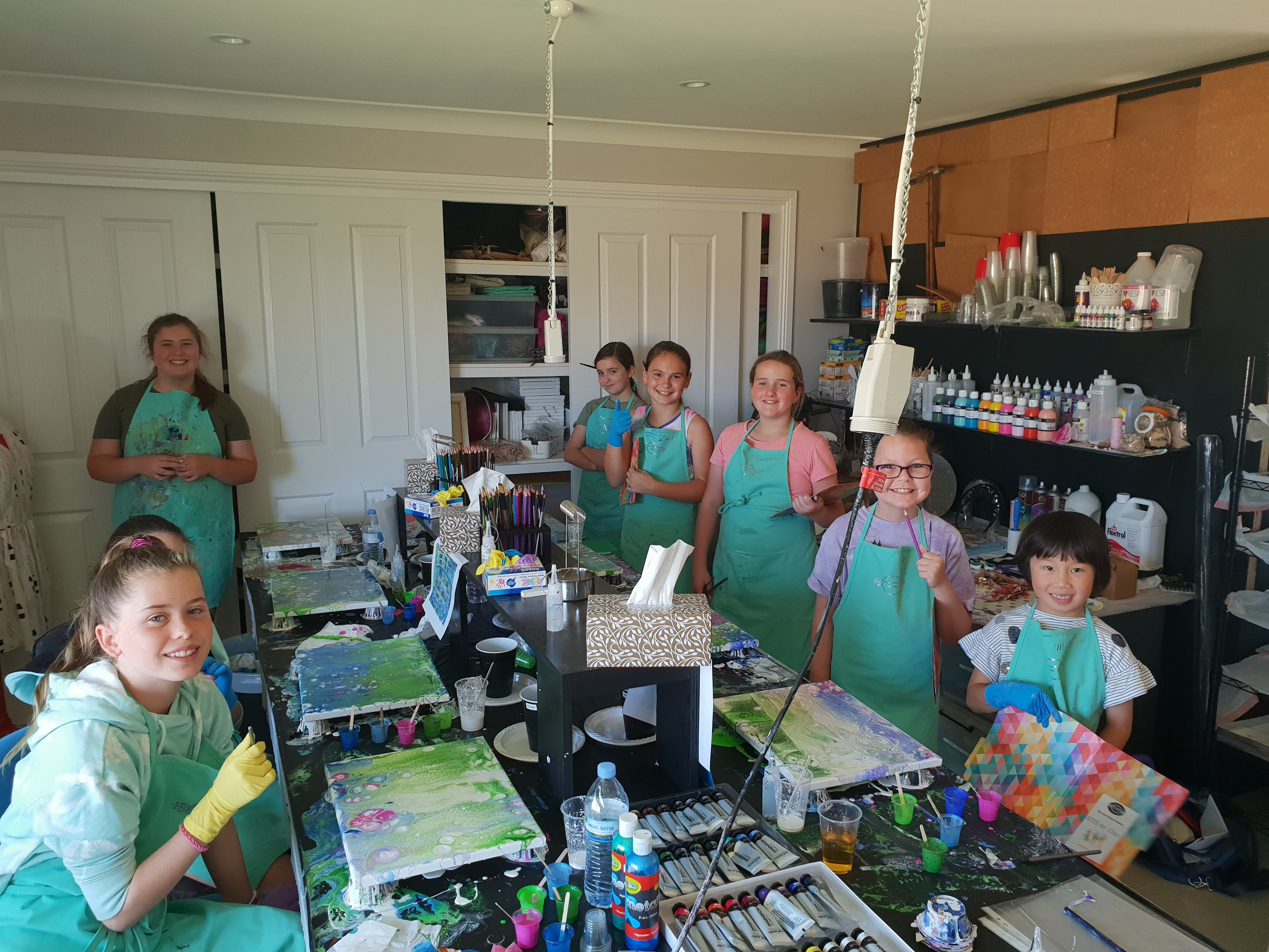 School holidays - Kids art class - Painting - Accommodation Noosa