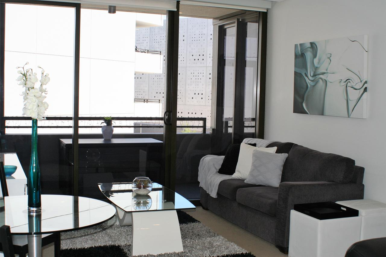 Modern Executive AptBarton1BRWiFiGymSecure ParkingCanberra - Accommodation Noosa