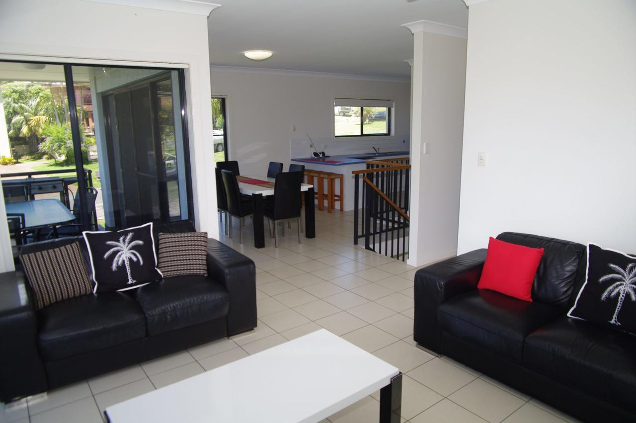 Breakaway 11 Scott Street - Accommodation Noosa