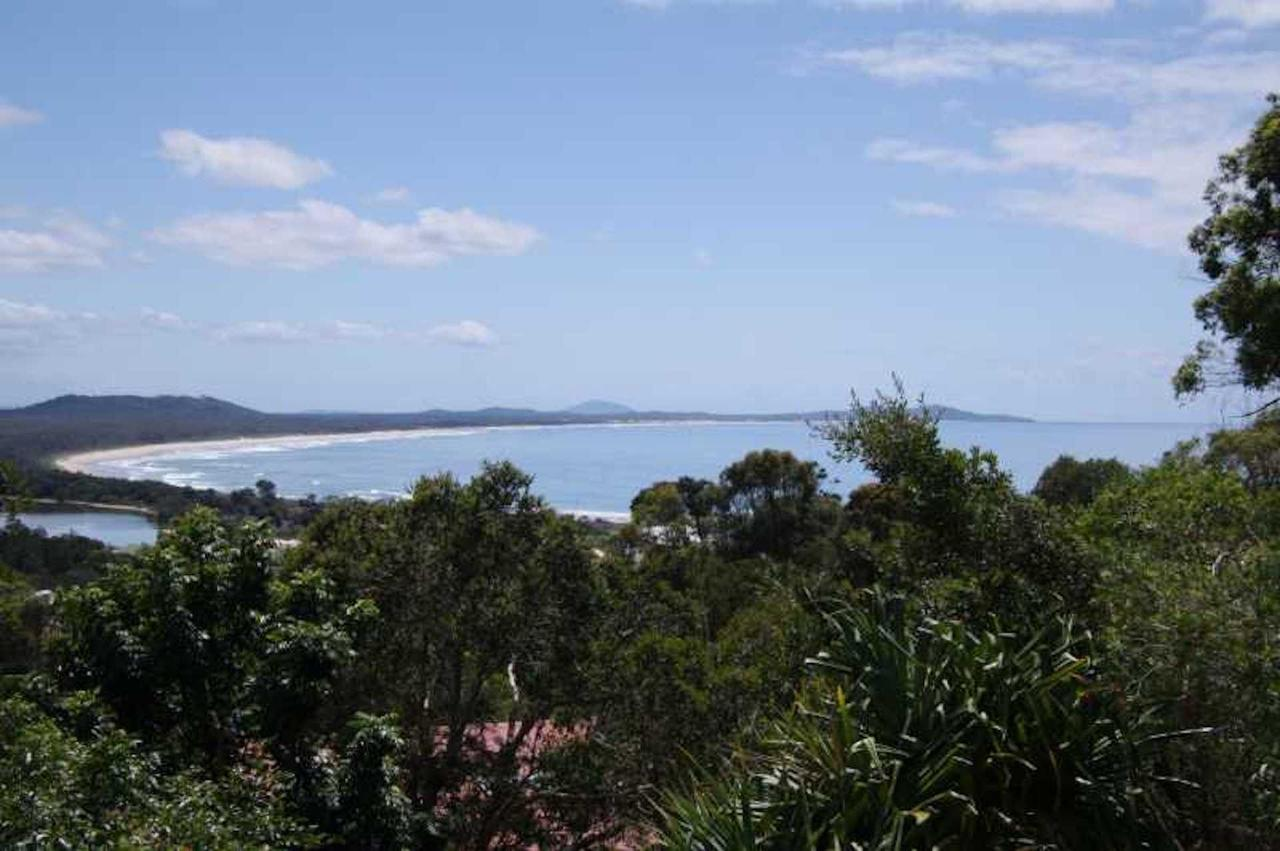 Coastwatch 26 Comara Terrace - Accommodation Noosa