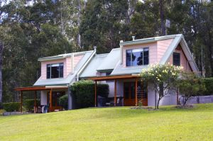 Bawley Bush Retreat and Cottages - Accommodation Noosa