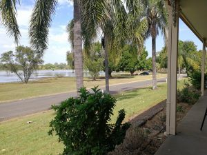 Lakeside Lodge Motel - Accommodation Noosa
