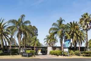 Motel Oasis - Accommodation Noosa