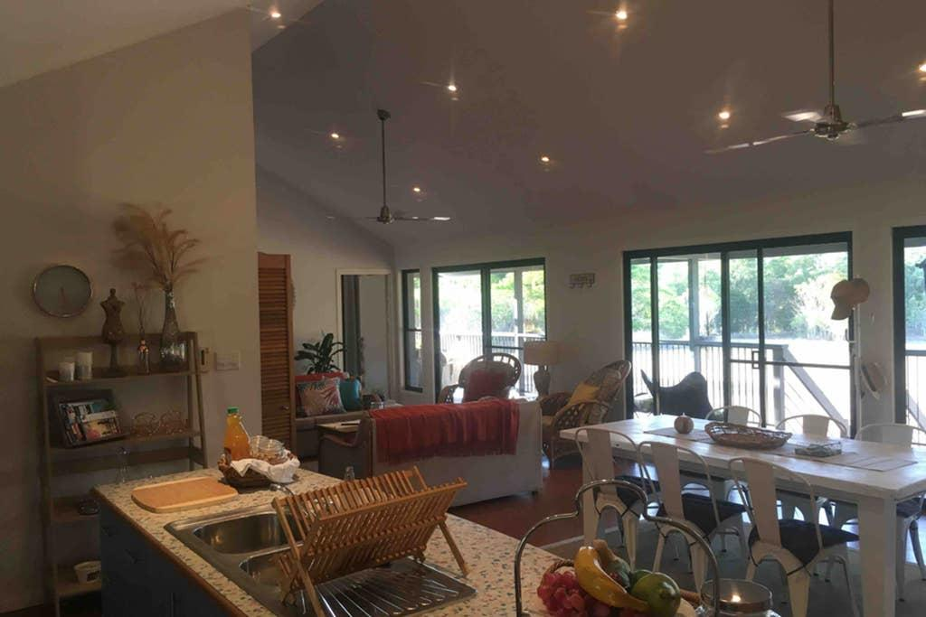 Valley Views Lodge Port Douglas - Accommodation Noosa
