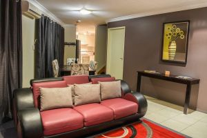 Atricom - Accommodation Noosa