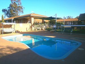 Aaron Inn Motel - Accommodation Noosa